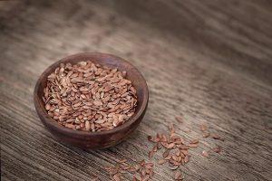 亞麻籽(仁)油的5種功效及副作用 (第1種最受歡迎)